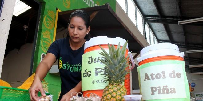 La Ostumeña es una empresa dedicada a la fabricación y venta de productos a base de piña.