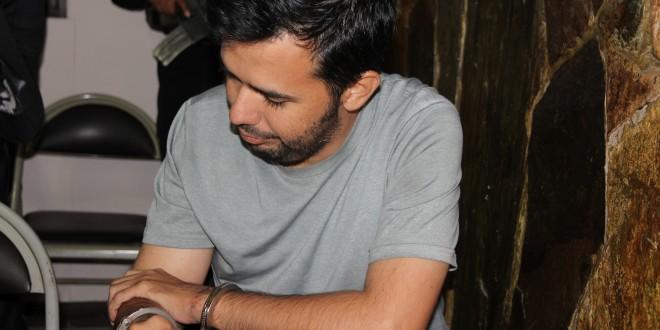 Rodrigo Chávez Palacios, acusado de asesinar y desmembrar a un empleado de la alcaldía de Santa Tecla, fue enviado a prisión de forma provisional. Foto Diario Co Latino