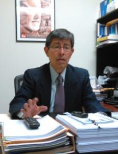 Rolando Mata, diputado del FMLN.  Foto Diario  Co Latino/Gloria Silvia Orellana