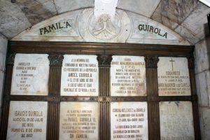 Mausoleo de la Familia Guirola, en el que se encuentra Ángel Guirola fundador de la familia. Foto Diario Co Latino/ Guillermo Martínez