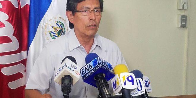 """""""Resolución de la Sala es una mala noticia para los salvadoreños"""": Rolando Mata"""