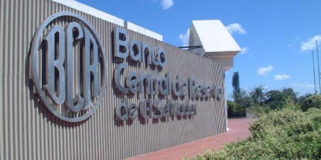 Banca salvadoreña con solvencia pese a baja en utilidades