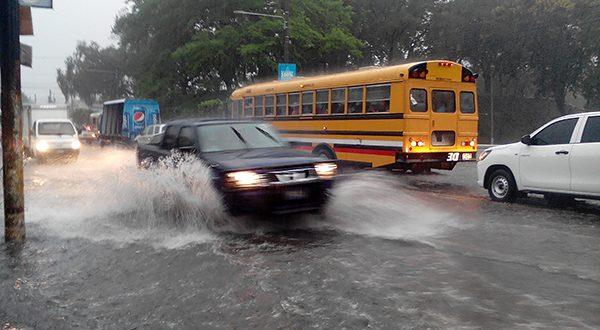 Protección Civil emite Advertencia por lluvias y Vientos Nortes