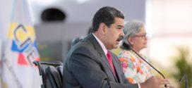 Maduro expulsa a representantes de Estados Unidos en respuesta a sanciones de Trump