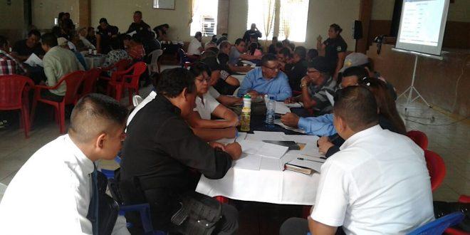 PNC escucha a población santaneca y busca solución a problemas