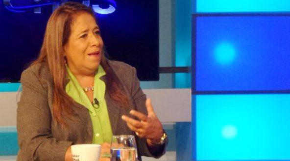 Nidia Díaz pide al fiscal seriedad y eficacia en denuncias de corrupción