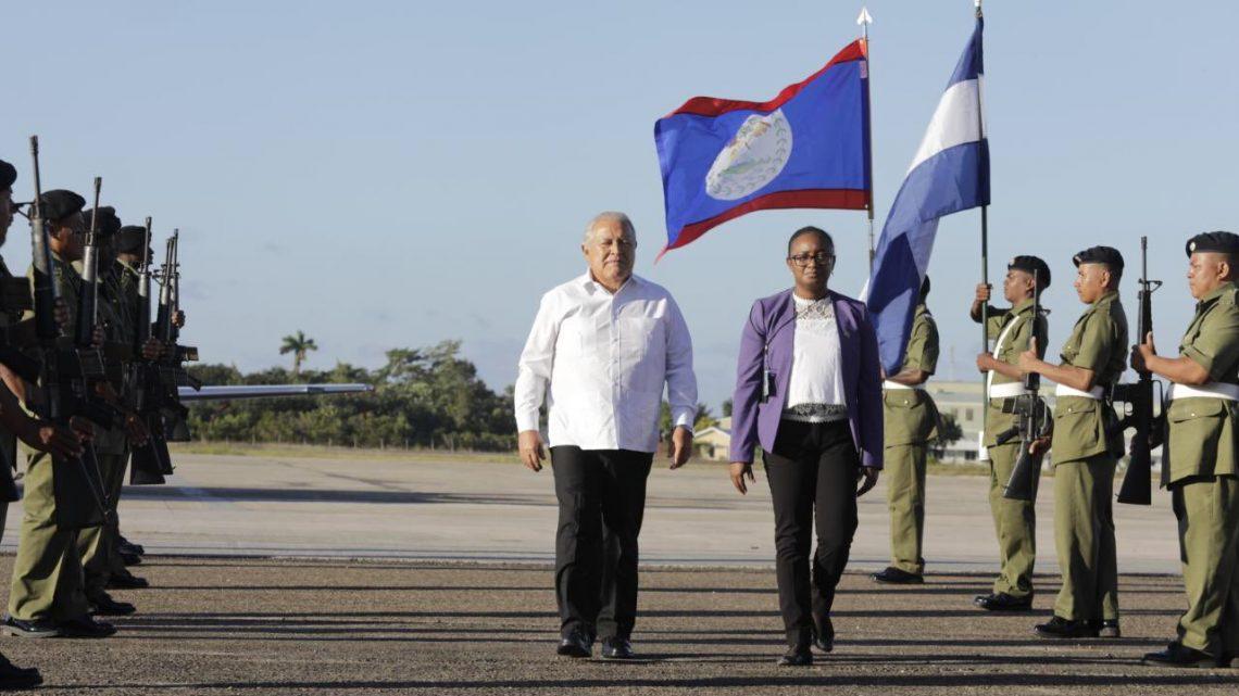 Presidente Sánchez Cerén asiste a la 52a reunión del SICA en Belice
